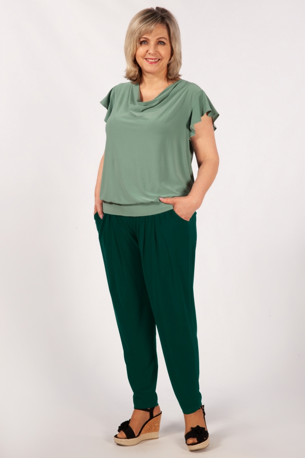 Милада брюки на кокетке зеленые Брюки Амира